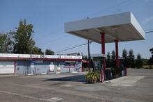 Gas station - lunch stop
